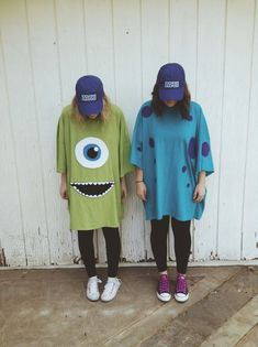 AG Kostüm Ideen Sully und Mike, Monster AG Kostüm Ideen Sully und Mike, Monster AG Kostüm Ideen Sully und Mike, Monsters INC Costume 16 Easy Halloween Costumes You Can Pull Off Last-Minute Costumes Duo, Cute Group Halloween Costumes, Looks Halloween, Last Minute Halloween Costumes, Halloween Outfits, Spirit Halloween, Sully Halloween Costume, M&m Costume, Halloween Costumes For Teens Girls
