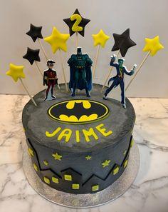 Tarta buttercream superhéroes. Cake, Desserts, Food, One Year Birthday, Pies, Sweets, Tailgate Desserts, Deserts, Kuchen