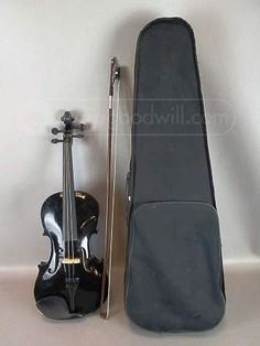 shopgoodwill.com: Crescent Violin with Case