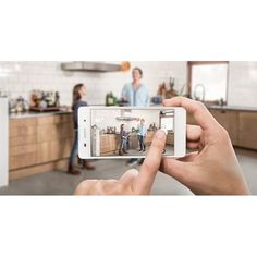 Sony Xperia E5 goes official with 5-inch 720p display and Mediatek MT6735. Interested to know more? Stay tuned!  Photo credit: Sony #techindo #technology #news #sony #sonyxperia #xperia #xperiae5 #e5 #android #mediatek