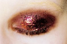 """insanity-and-vanity: """" """" Makeup at Prada Ready to Wear F/W 2009. """" """""""
