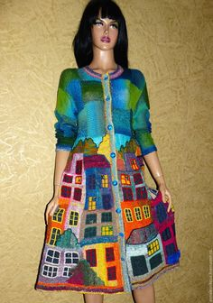 Купить или заказать Платье- пальто 'МАНАРОЛА- 3' в интернет-магазине на Ярмарке Мастеров. Платье (можно носить как пальто, можно как платье) связано из пряжи Норо, шелковое и приятное к телу. Остров Манарола (Manarola) – старинный городок, разноцветные дома которого кажутся словно выросшими из скалы. Первые свидетельства о нем относятся ко второй половине XIII века и связаны с владениями семьи Фиески из Лаваньи.Платье -воздух! Платье - фантастика!