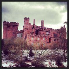 Powis Castle in Wales Welsh Castles, Castles In Wales, Midevil Castle, Rule Britannia, Castle Ruins, Cymru, Chateaus, Exotic Places, Places Of Interest