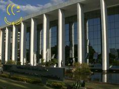 BRASIL – Justiça do DF é a 3ª mais eficiente na resolução de processos, diz CNJ   The New YooKer Times http://www.yooker.com.br/br/brasil-2/TheNewYookerTimes-brasil-justica-do-df-e-a-3a-mais-eficiente-na-resolucao-de-processos-diz-cnj.html