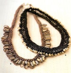 Crochet necklace with beads - tutorial