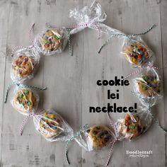Love this Cookie Lei from Doodlecraft! Such a cute and easy idea. #GiveBakery
