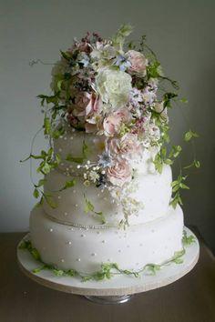 Amy Swann cakes 1379