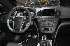 http://www.motorproyect.com/2010/11/opel-insignia-opc.html