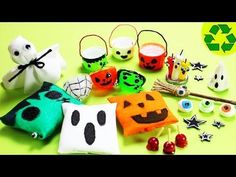 10 Easy DIY Halloween Miniature Decorations - Each in less than 1 minute. DIY Miniature Halloween Decorations - 10 Easy DIY Miniatures 9 - each in less than 1 minute In this video I share with you 10 amazingly easy crafts that you can use for your Barbie Halloween, Halloween 2018, Halloween Crafts, Disney Diy, Ever After High, Easy Crafts For Kids, Easy Diy Crafts, Miniature Crafts, Miniature Dolls