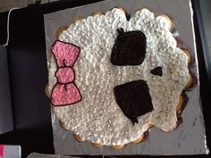Monster high cupcake cake :)