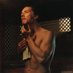 Cumberbatchfans Schweiz | duskybatfishgirl: whenisayrunrun: I FINALLY...