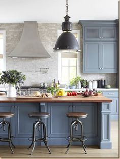 Love the blue gray color and the bar stools