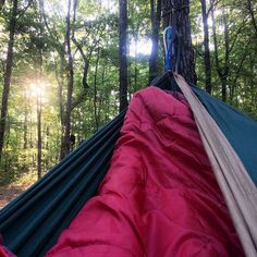 Not a bad place to wake up. @timeoutsociety @tentree #camping #outdoorwomen @rei #hammocklife by @aliciaperkins1