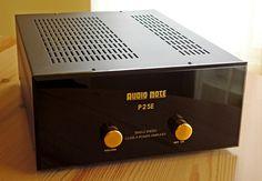 Audio Note P2SE tube amplifier