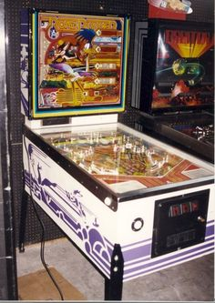only two prototype units made) Pinball Games, Pinball Wizard, Arcade Games, Barn Shop, Pool Tables, Classic Video Games, Retro Images, Road Runner, Jouer