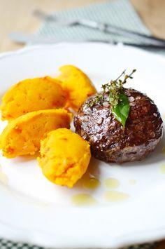 Noky z pečené dýně a rožněné hovězí   Pumpkin mash and roasted beef