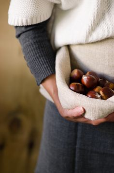 Chestnuts | At Down Under | Viviane Perenyi