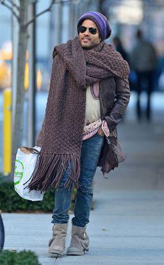 3ddb7de9e8d Lenny Kravitz s Massive Scarf Is Still the Internet s Answer to Winter