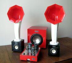 Specimen Custom Single-ended Hi-Fi Stereo Tube Amplifier, Subwoofer and Little Horn Speakers The Absolute Sound, Hifi Audio, Audiophile Speakers, Speaker Box Design, Horn Speakers, At Home Movie Theater, High End Audio, Loudspeaker, Audio System