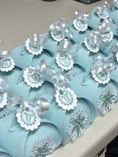 Splitcoaststampers FOOGallery - Curvy Keepsake Snowflake Box