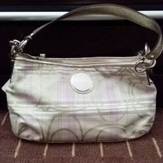 Coach bag Brand new coach bag, with additional long strap. Can be used as a purse or a cross body Coach Bags Crossbody Bags