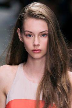 Lauren de Graaf Most Beautiful Faces, Beautiful Eyes, Natural Hair Styles, Long Hair Styles, Foto Pose, Light Hair, Portrait Photo, Blue Hair, Pretty People