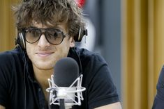 Paolo Nutini Paolo Nutini, Sing To Me, Someone Like You, Hot Guys, Beautiful People, Mens Sunglasses, Handsome, Singer, Film