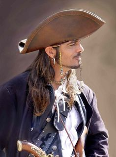 One of my favorite photos ever. I knew it was Captain Moreau the moment I saw it.  First Pirate by ~SauriaMami www.mollyevangeline.com