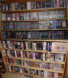 an anime / manga collection like this Moe Manga, Manga Anime, Sailor Moon Birthday, Geek Room, Manga Collection, Kawaii Room, Game Room Decor, Beautiful Book Covers, Hobby Room
