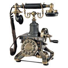 Design Toscano The Eiffel Tower Telephone in Antique Bronze Steampunk Shop, Steampunk Accessoires, Steampunk Fashion, Steampunk Gadgets, Steampunk Clothing, Steampunk Theme, Steampunk Design, Gothic Steampunk, Steampunk Necklace
