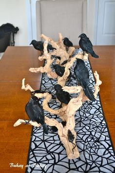 Think anyone could actually eat with all of those ravens staring at them?  Hahaha!  Buhay at Bahay (Life & Home): Halloween Tablescape 2012