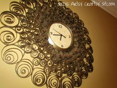 Decoración con rollos de papel higiénico. / Recycled toilet paper tubes faux brass wall clock11