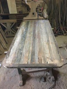 Reclaimed oak wood