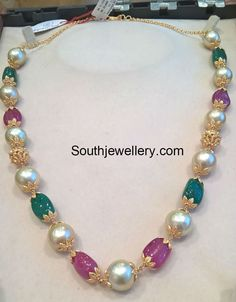 South Sea Pearls Necklace latest jewelry designs - Page 6 of 39 - Indian Jewellery Designs Real Gold Jewelry, Gold Jewelry Simple, Indian Jewelry, Beaded Jewelry, Gemstone Jewelry, Seashell Jewelry, Dainty Jewelry, Resin Jewelry, Leather Jewelry
