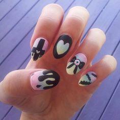 Pastel goth rainbow ombre handpainted fake nails by adorkablenails Pastel Goth Nails, Goth Nail Art, Halloween Acrylic Nails, Black Acrylic Nails, Fun Nails, Pretty Nails, Nice Nails, Tumblr Nail Art, Pastel Goth Fashion