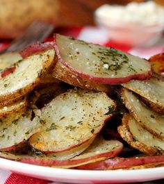 Baked Herb and Parmesan Potato Slices – a quick, easy, and delicious side dish.