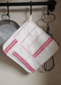 Manique en linge ancien : Textiles et tapis par latelier-dalicia
