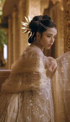 Traditional Gowns, Traditional Fashion, Girl Korea, Japanese Outfits, Japanese Clothing, Hanfu, Asian Fashion, Pretty Dresses, Asian Beauty