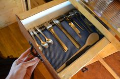 Kitchen drawer for cutlery