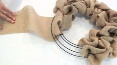 2 Minute Tutorial | How to make a Burlap Wreath....