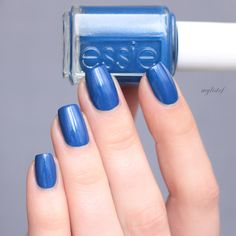 <3 <3 Essie Catch Of The Day (Shimmer Brights Nail Polish Collection - summer 2016)