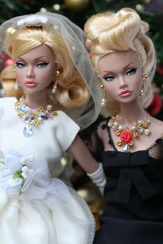 'To The Fair' Poppy Parker twins Barbie Hair, Barbie Dress, Barbie Clothes, Fashion Royalty Dolls, Fashion Dolls, Barbie Wedding Dress, Poppy Parker, Beautiful Barbie Dolls, Bride Dolls