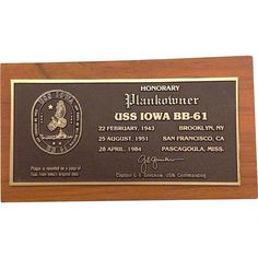 USS Iowa BB-61 Honorary Plank-Owner 1943-1984 Desk Medal