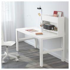 IKEA - PÅHL, Scrivania ed elemento supplementare, bianco, , Questa scrivania è progettata per crescere insieme al tuo bambino, poiché si può regolare a 3 altezze diverse.È facile regolare la scrivania a diverse altezze, 59, 66 o 72 cm, usando i pomelli sulle gambe.Tieni in ordine cavi e prolunghe sistemandoli nei raccoglicavi tra le gambe anteriori e posteriori.Puoi girare verso l'esterno il lato verde o quello bianco del pannello di fondo in base allo stile che preferisci e all&...