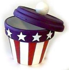 Painted Pot or Candy Jar - of July Crafts, or paint pot to resemble cupcake for B-days or other holidays!Patriotic Painted Pot or Candy Jar - of July Crafts, or paint pot to resemble cupcake for B-days or other holidays! Clay Pot Projects, Clay Pot Crafts, Diy Clay, Crafts To Make, Shell Crafts, Patriotic Crafts, Patriotic Decorations, July Crafts, Clay Flower Pots