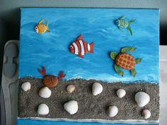 Pesci e conchiglie Stone Crafts, Rock Crafts, Diy Arts And Crafts, Bible School Crafts, Preschool Crafts, Kids Crafts, Sea Crafts, Seashell Crafts, Summer Crafts For Kids