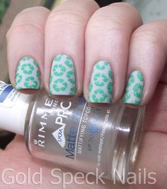 Base Coat: CND - Stickey Base Colour: Collection 2000 - Angel Wings Stamp Colour: Konad Pop Green Image Plate: Cheeky CH33 Top Coats: Sally Hansen Advanced Hard As Nails Rimmel - Matte Finish