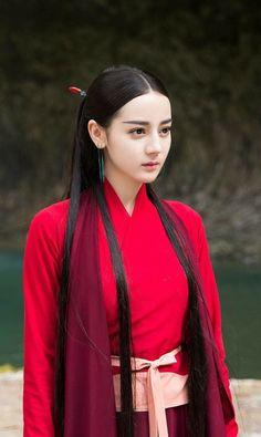 Beautiful Chinese Girl, Beautiful Girl Image, Mode Bollywood, Asian Celebrities, Traditional Fashion, Chinese Actress, Hanfu, Beauty Full Girl, Girl Face