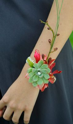 By Pip at Willow Floristry for the Corsage Creations Catalogue UK