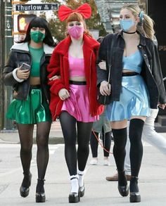 Girl Costumes, Halloween Costumes, Powerpuff Girls Costume, Riverdale Characters, Casting Pics, Riverdale Cast, Lili Reinhart, Brunette To Blonde, Bff Pictures